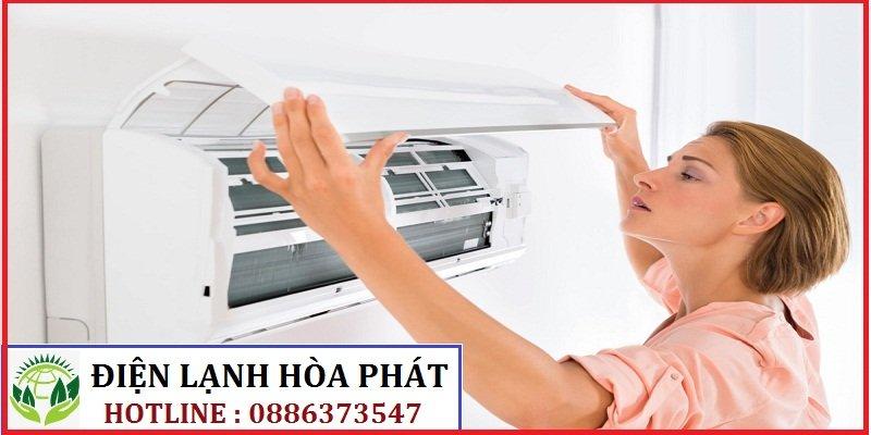 Vệ sinh máy lạnh đường Trần Não 1
